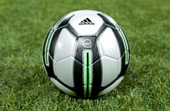 Adidas-miCoach-Smart-Ball-650x425