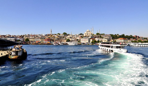 Water_taxi_Istanbul