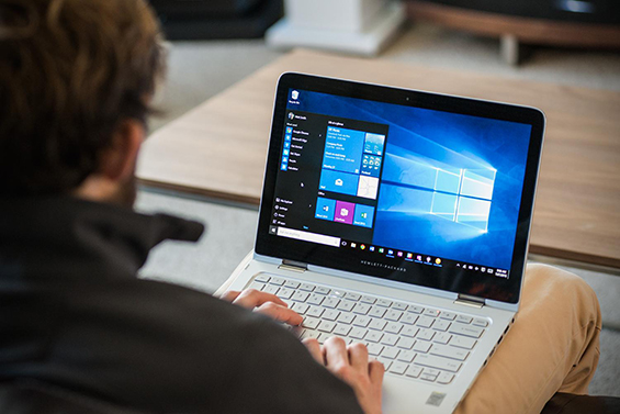Windows-10-Restores-the-desktop-to-dominance-but-Cortana-and-Edge-need-work